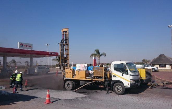 SAR 100 drill rig